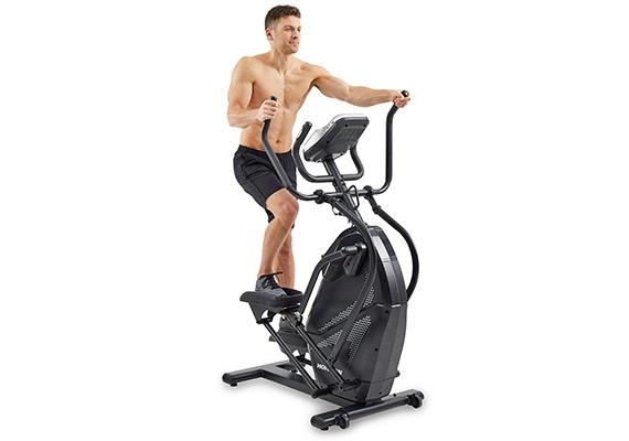 Male rider on Horizon Peak Trainer HT5.0
